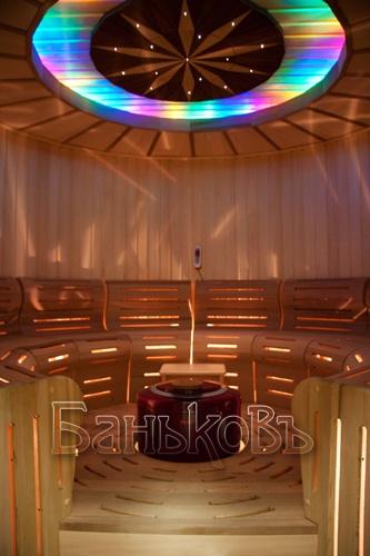 Красочная финская баня