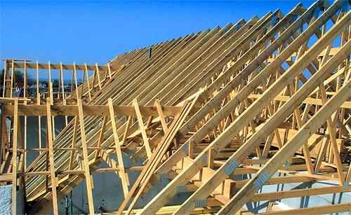 Строим баню с односкатной крышей