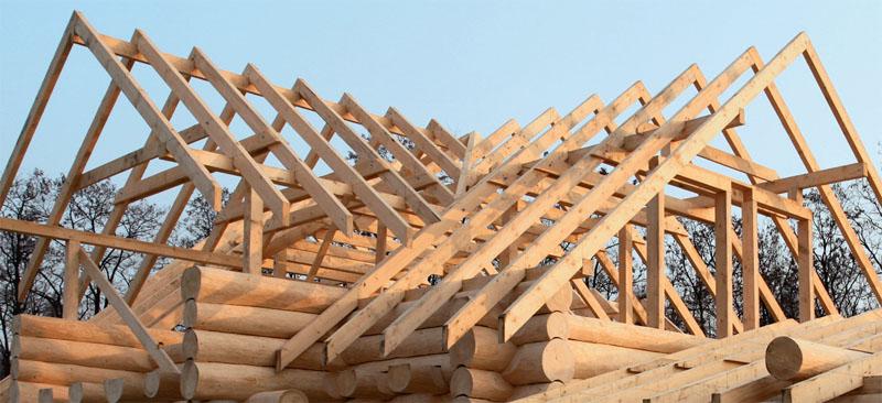 Строим общую крышу для бани и верандой: все «за» и «против»